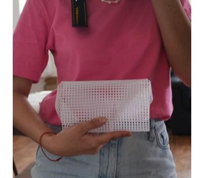 Пластиковая канва, основа для вязания сумок